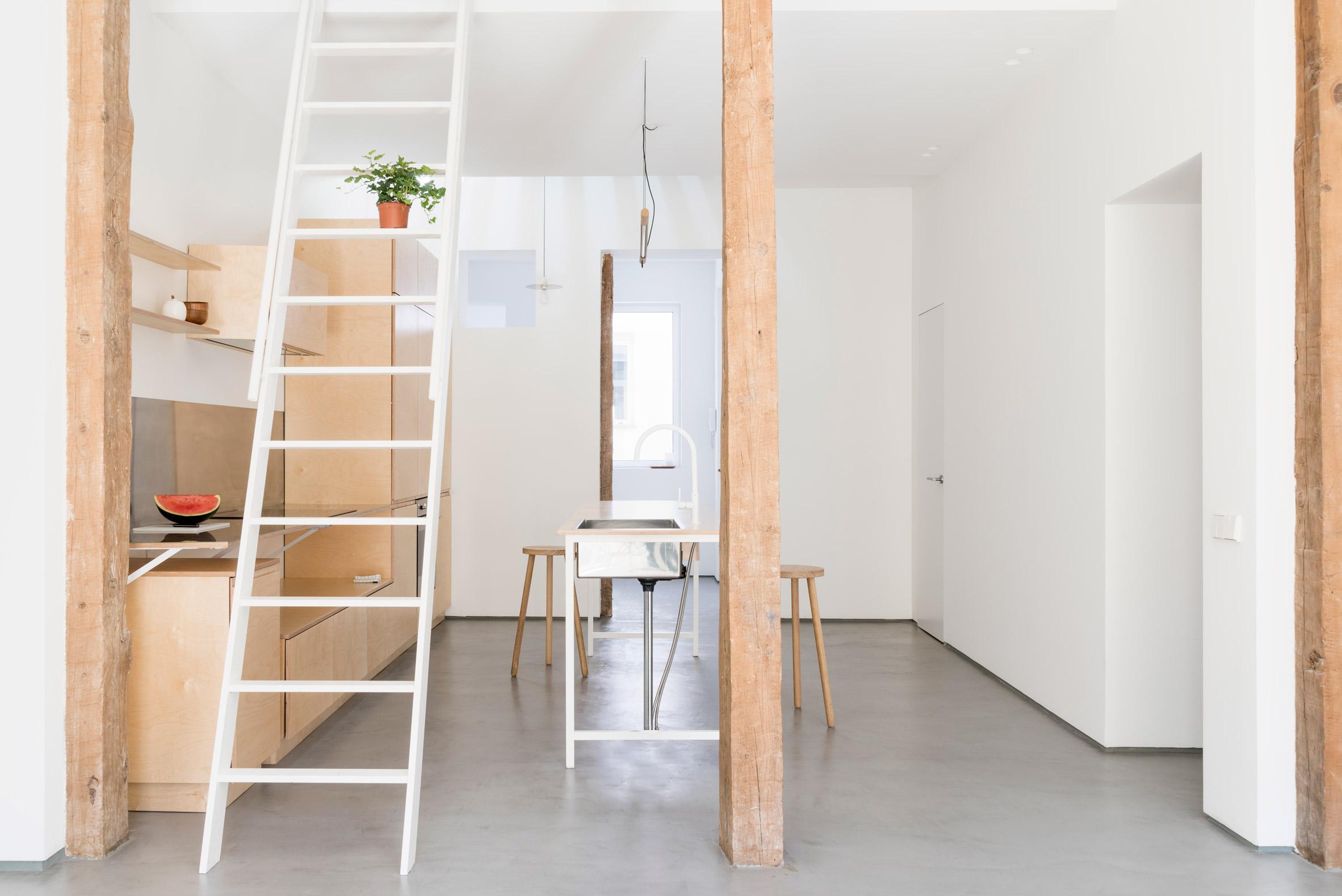 Thiết kế phòng khách chung cư đơn giản 3