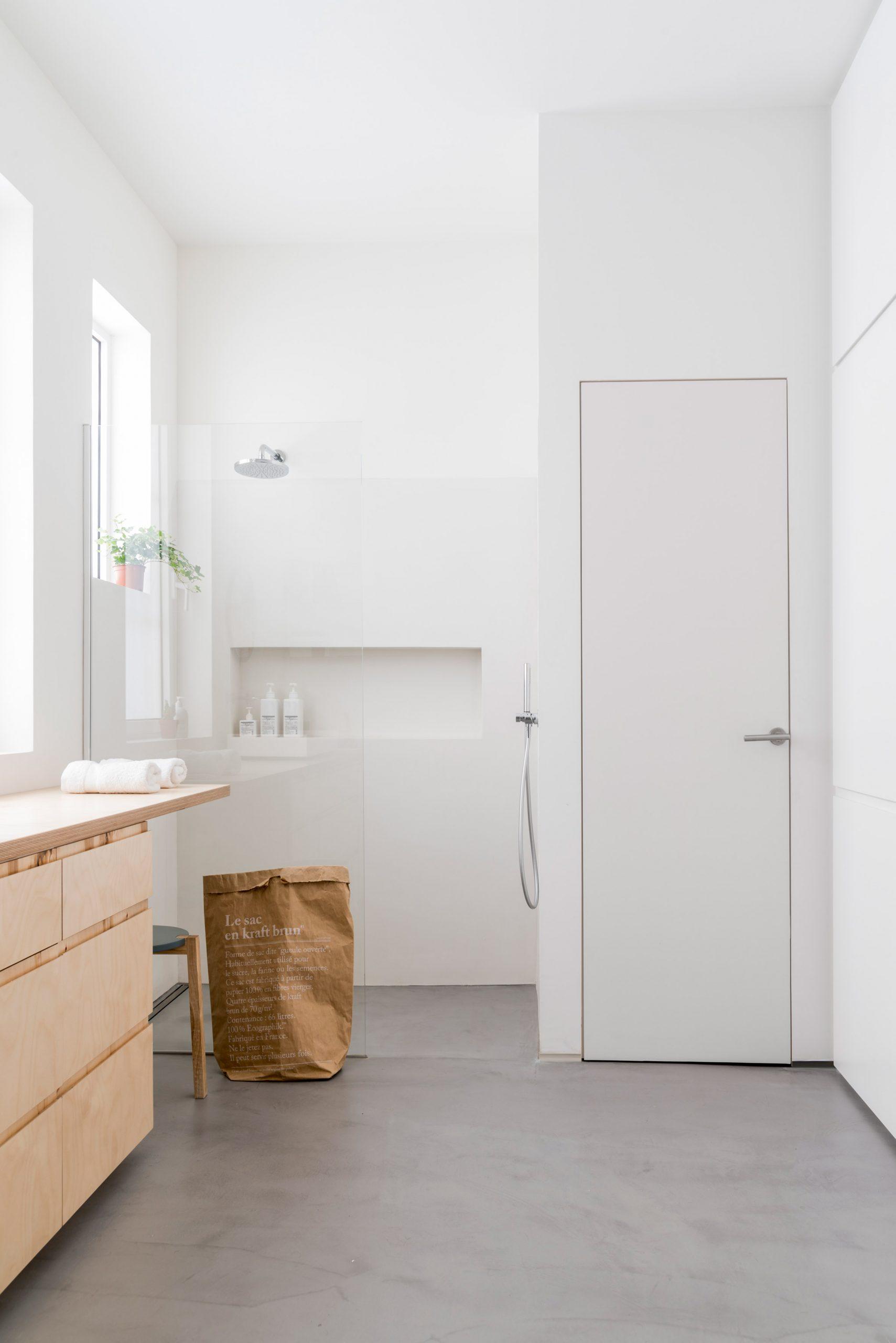 Thiết kế phòng khách chung cư đơn giản 7