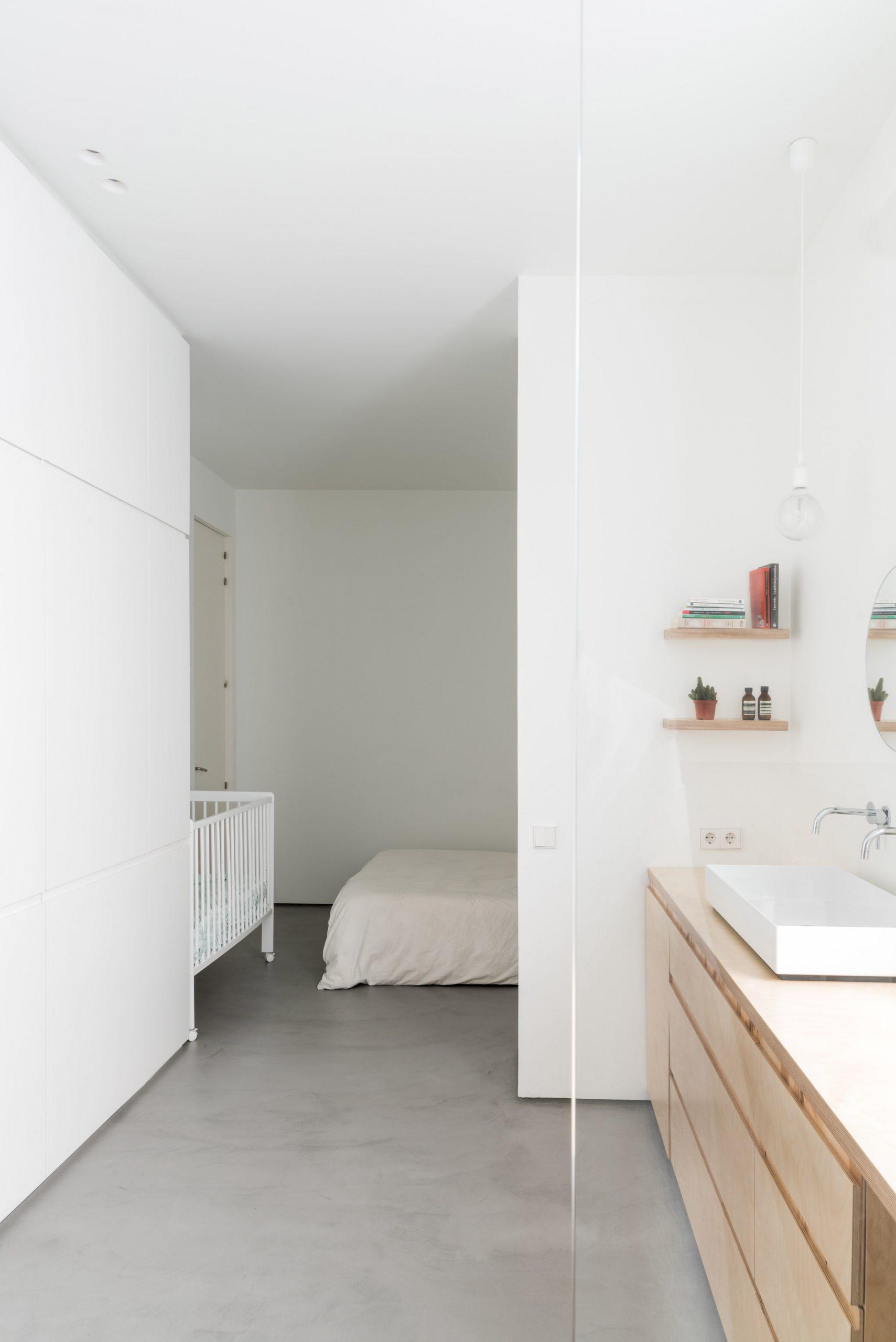 Thiết kế phòng khách chung cư đơn giản 8