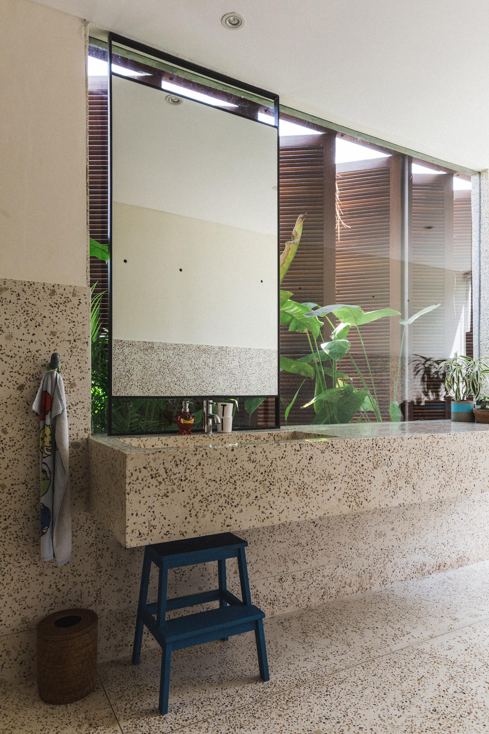 Tủ phòng khách đẹp đơn giản 17
