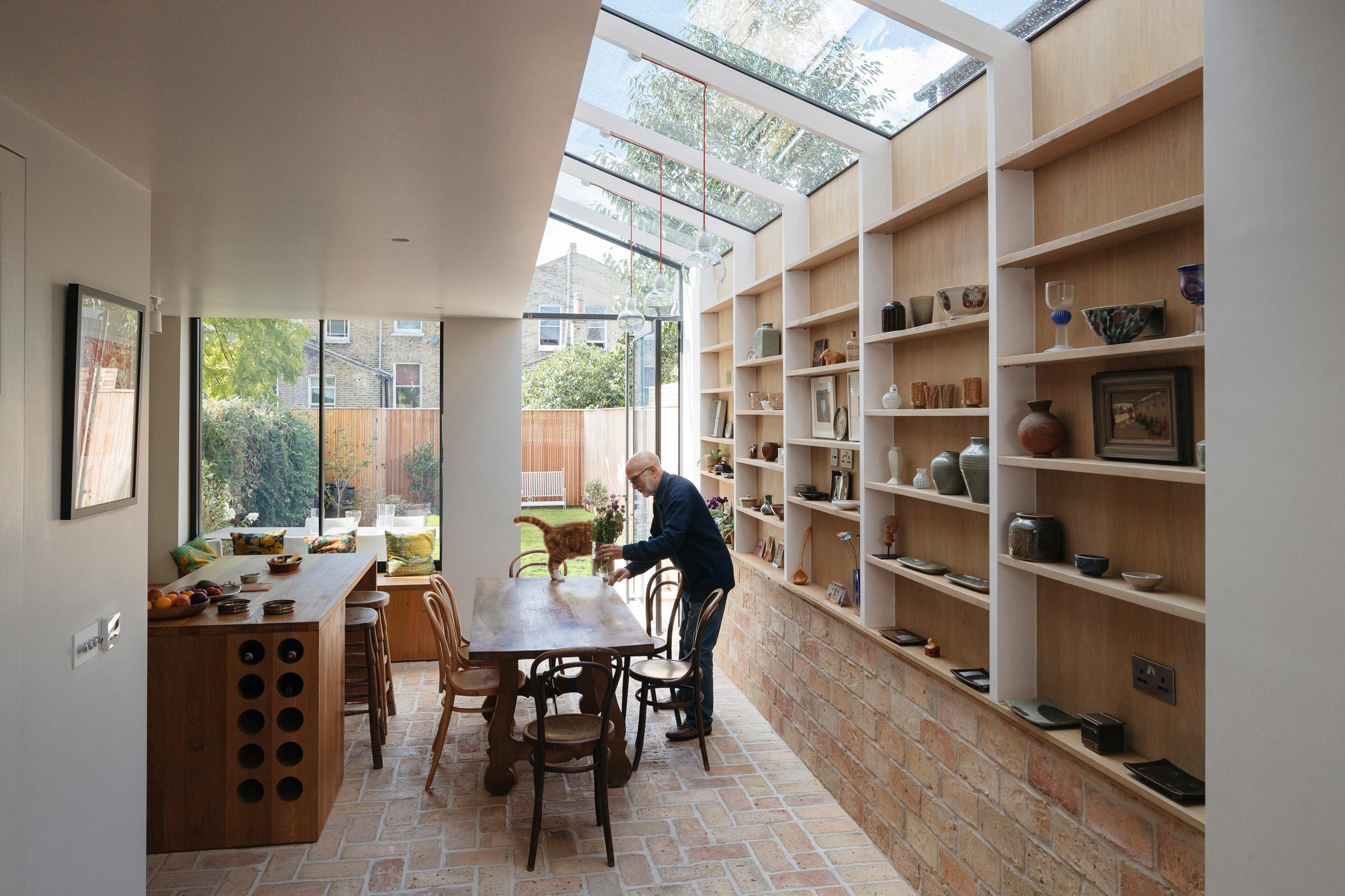 Mẫu tủ bếp đẹp bằng gỗ 17