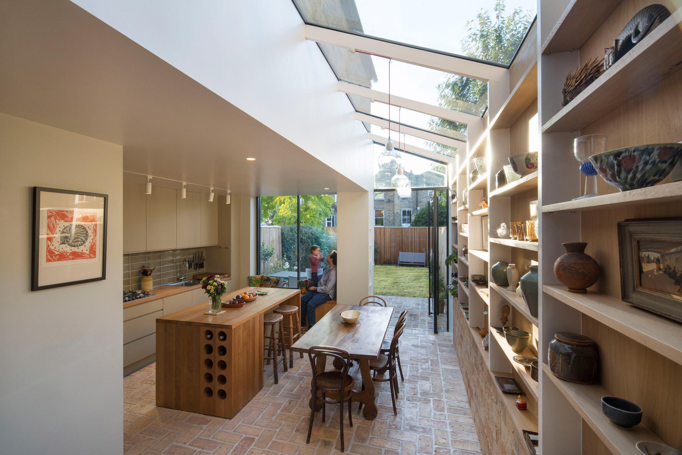 Mẫu tủ bếp đẹp bằng gỗ 18