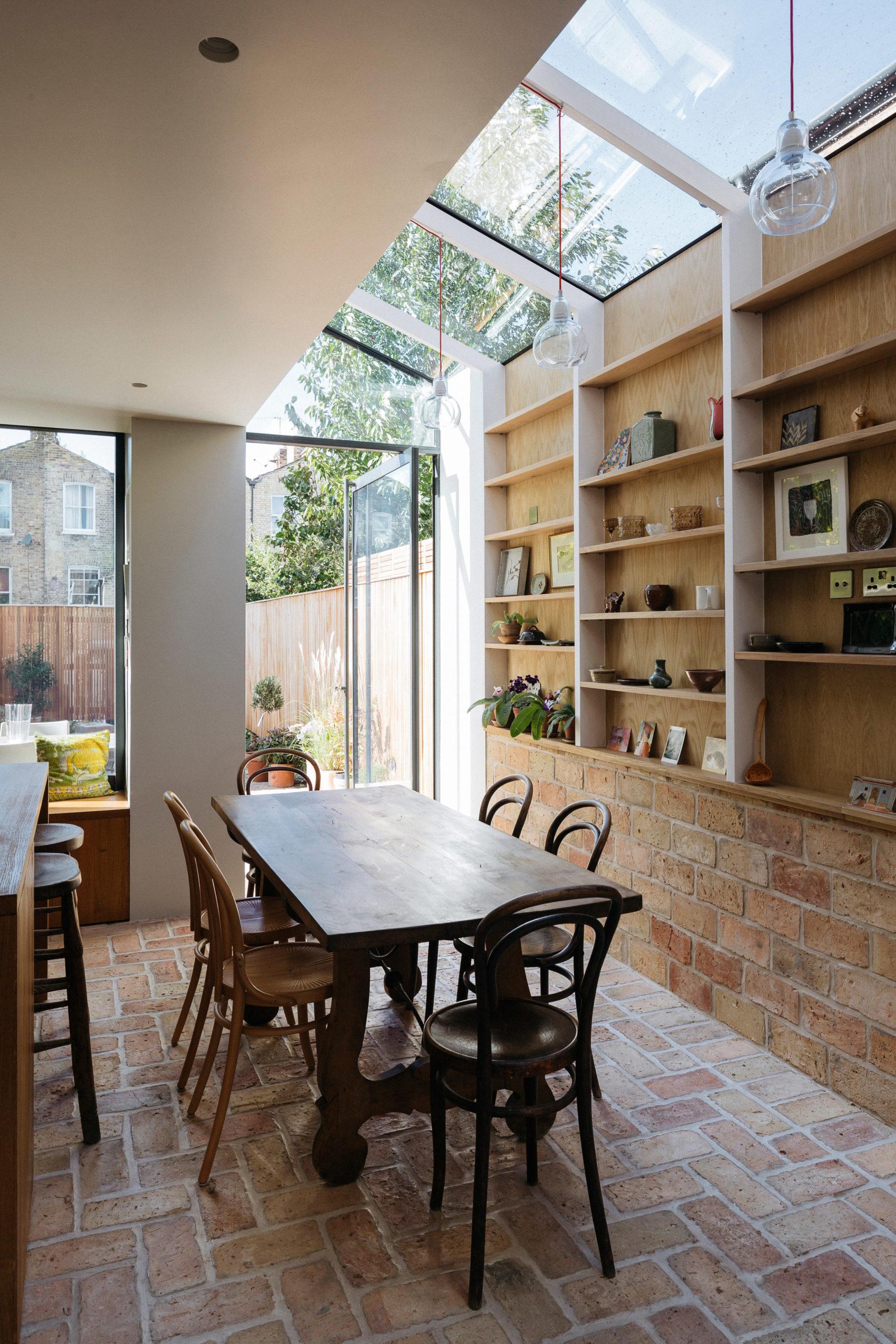 Mẫu tủ bếp đẹp bằng gỗ 2