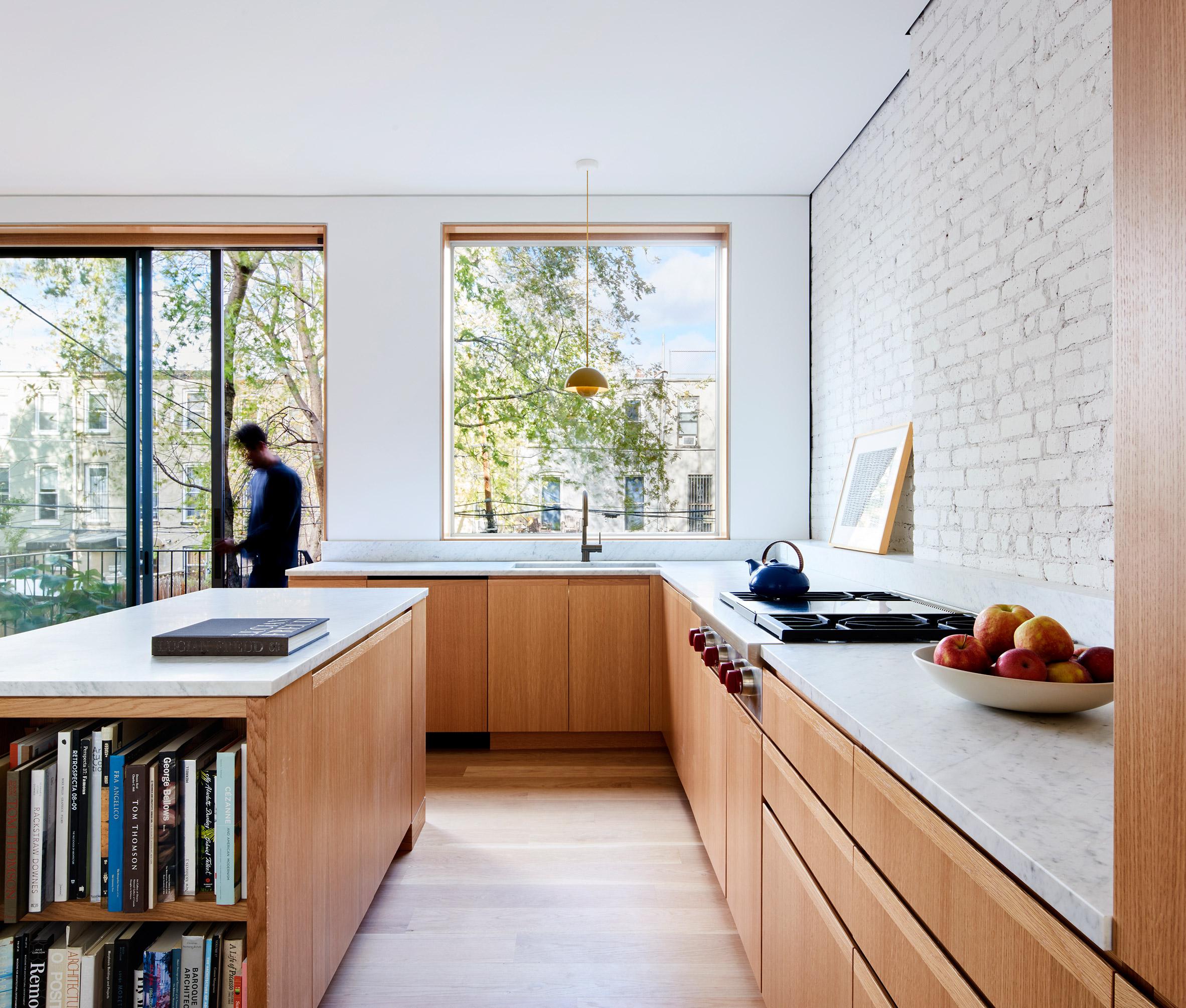 Mẫu tủ bếp đẹp hình chữ L 3