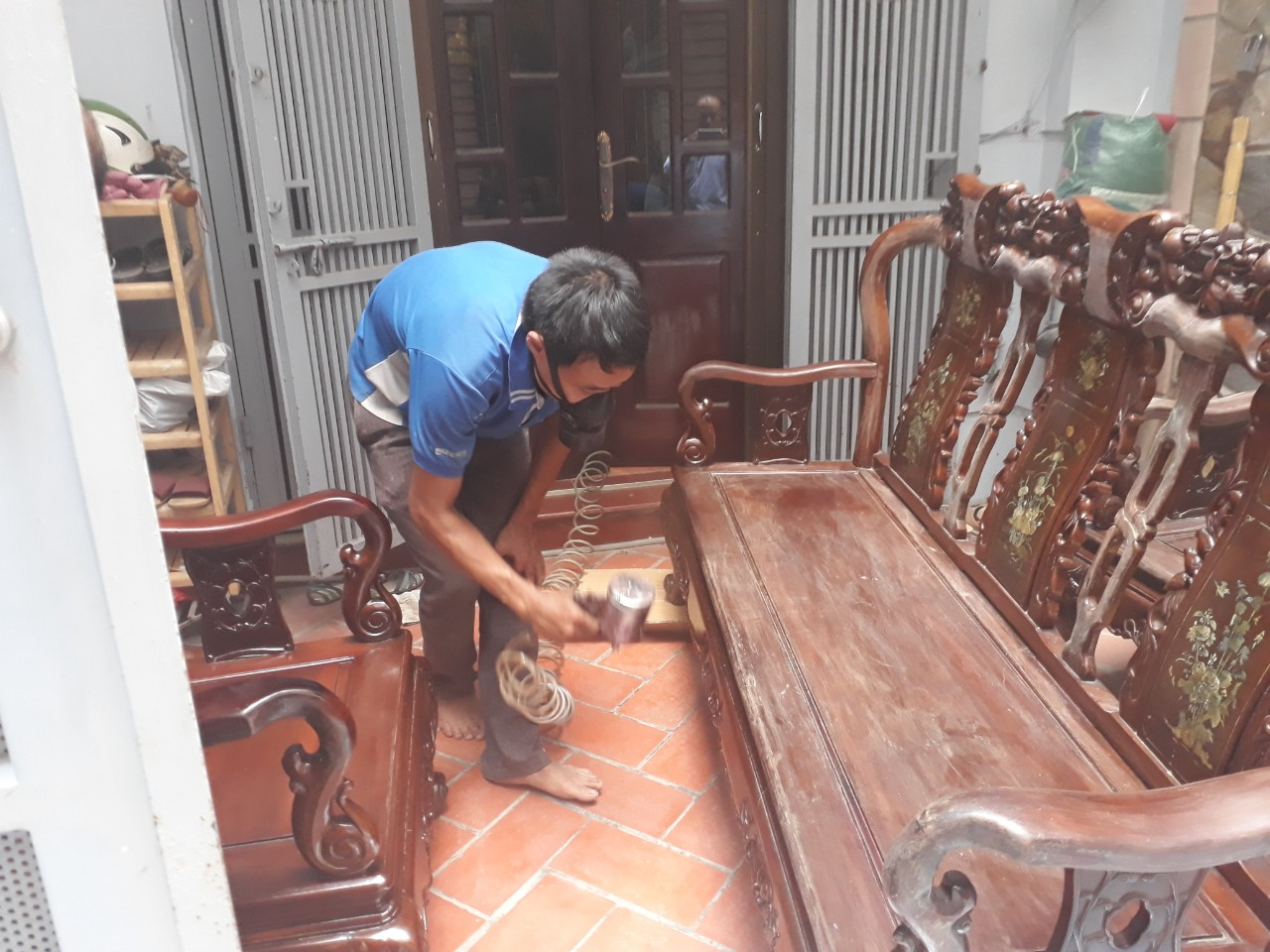 Sửa chữa đồ gỗ tại nhà