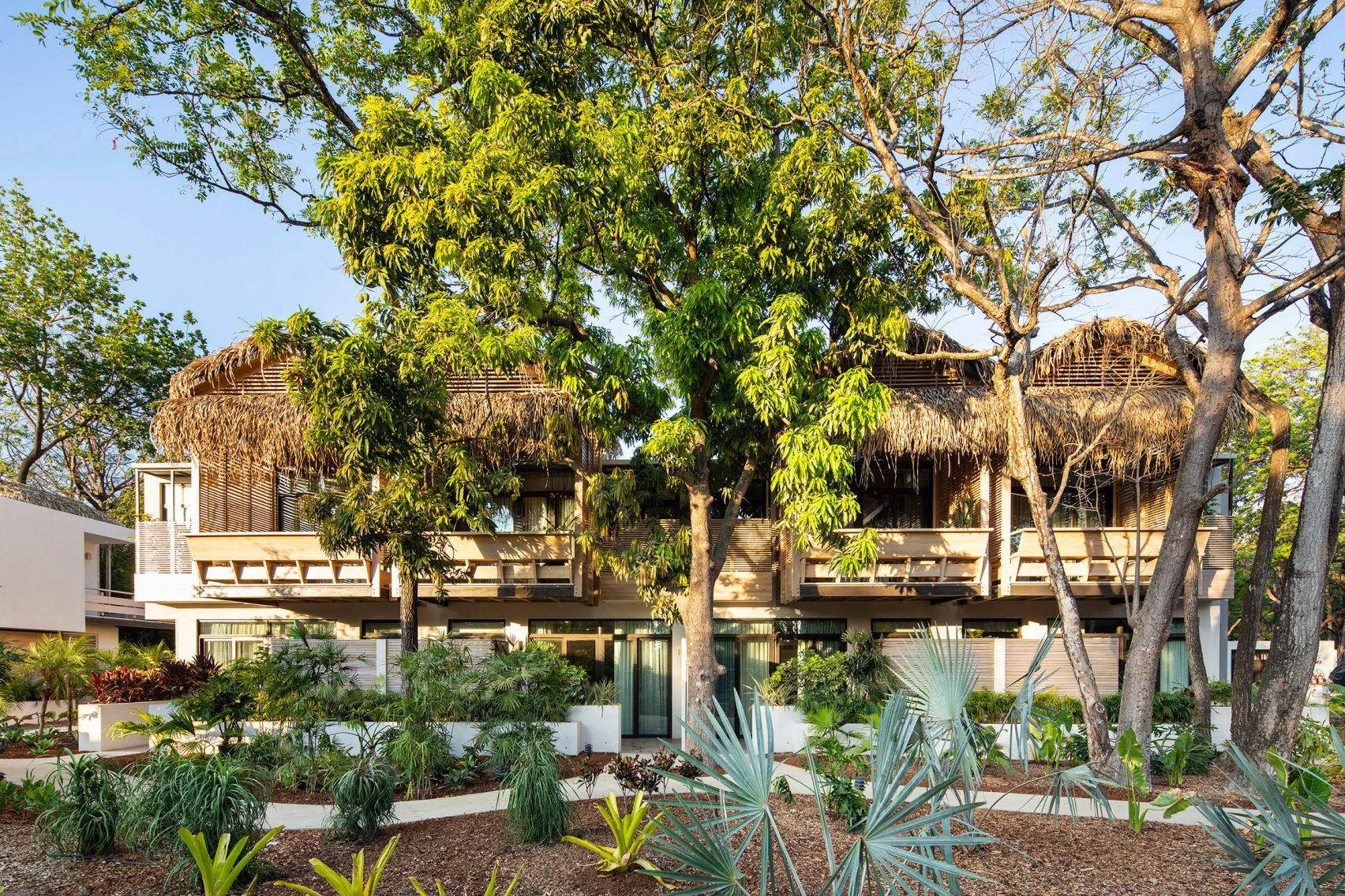 Thiết kế sân vườn Resort 1
