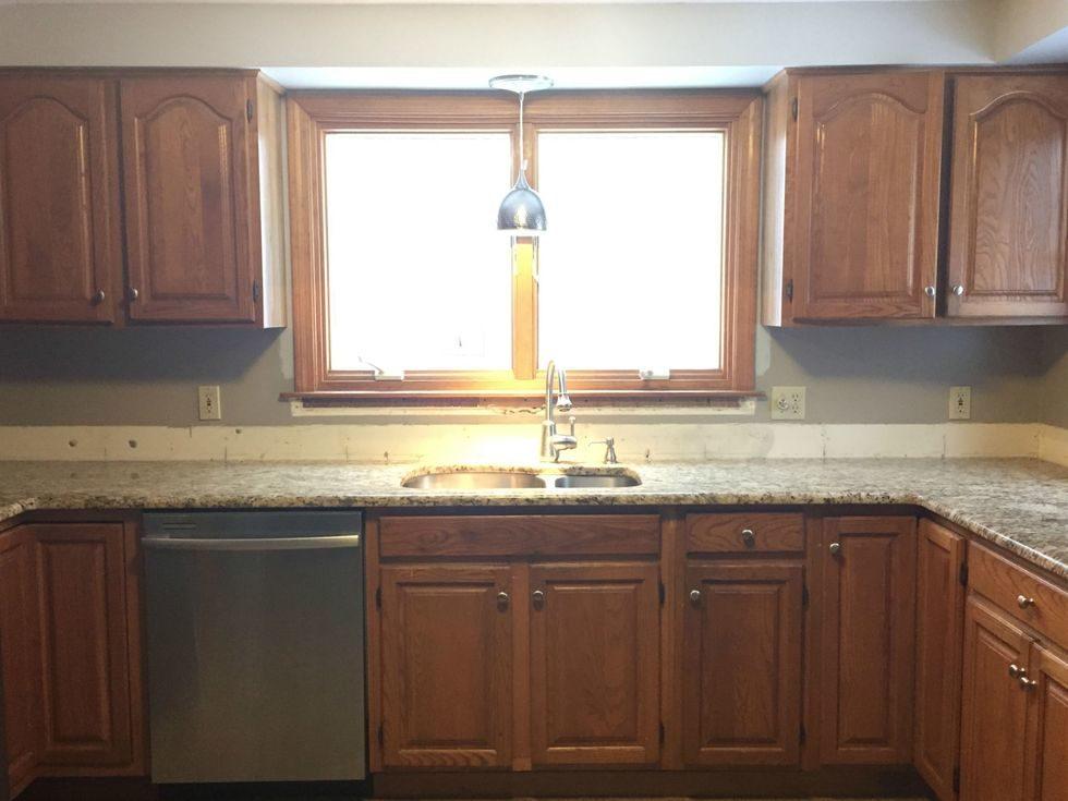 Tủ bếp đẹp hình chữ L 23