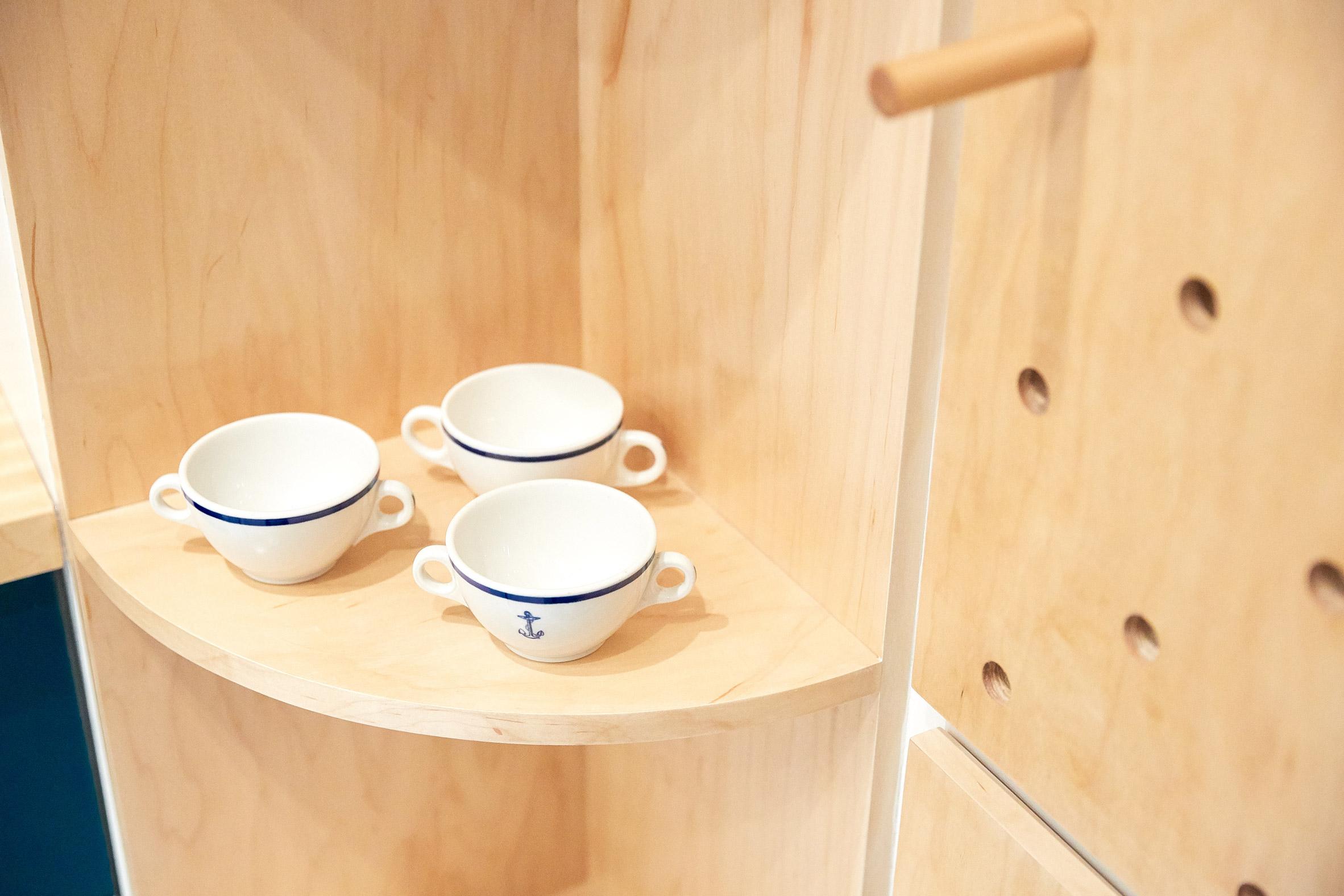 Tủ bếp gỗ đẹp 13