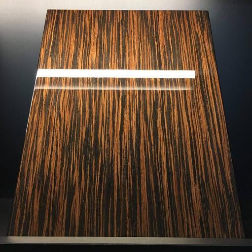 Veneer vân gỗ phủ sơn bóng thủy tinh