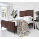 Giường ngủ đơn giản hiện đại