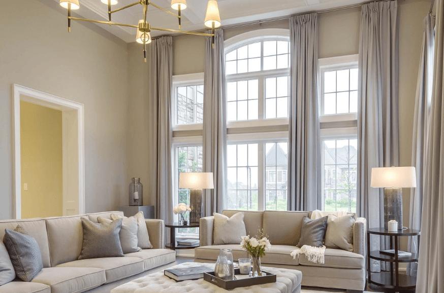 Sắp xếp đồ đạc trong phòng khách để trò chuyện, ngủ trưa và giải trí