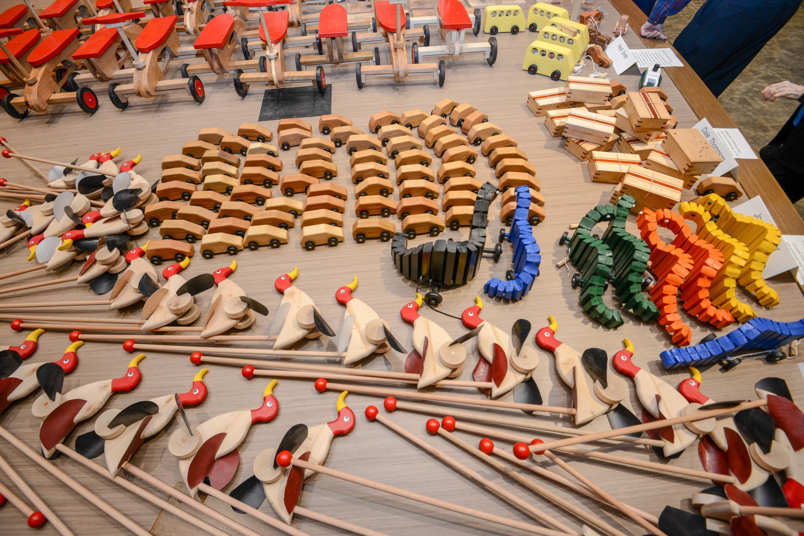 Bộ đồ chơi gỗ