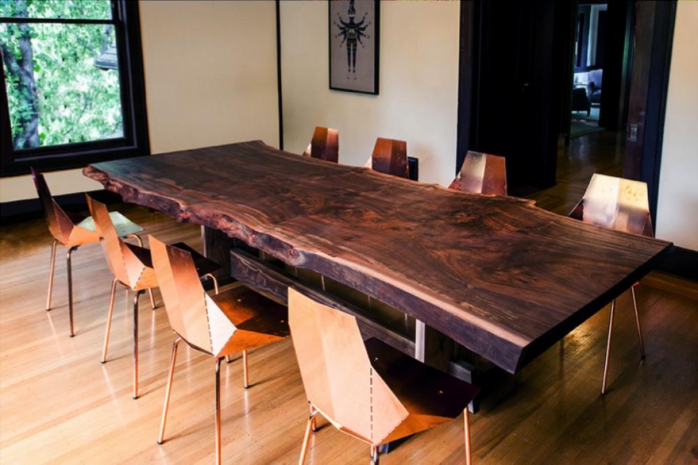 Chất liệu của bàn ghế gỗ hiện đại phòng khách