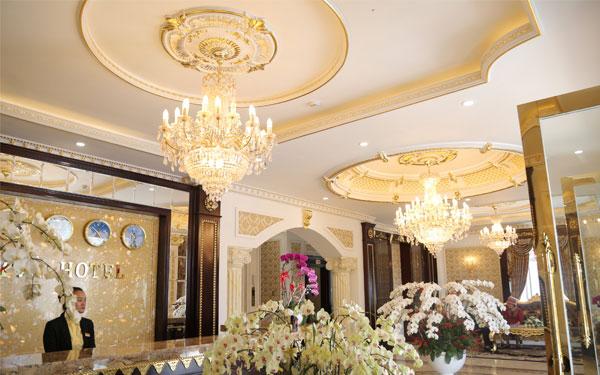 Sảnh khách sạn tân cổ điển đẹp