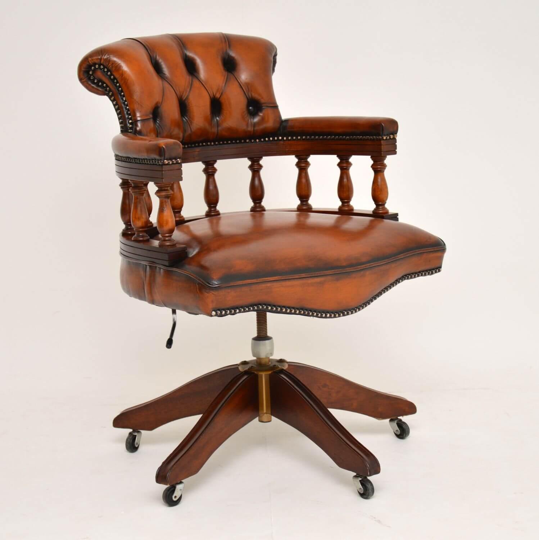 Ghế gỗ văn phòng kiểu cổ điển