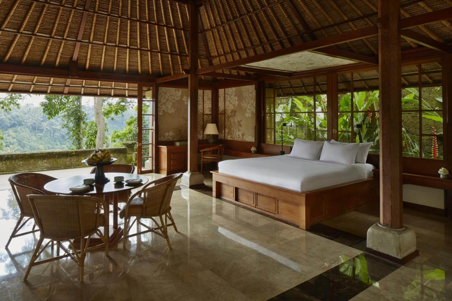 Nội thất bằng gỗ trang trí Resort